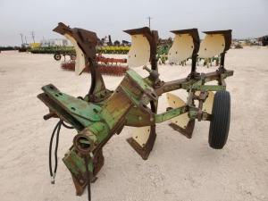 John Deere A4200 4 Bottom Turn Over Plow
