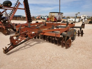 14Ft International 485 Disk Harrow