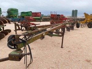 7 Bottom John Deere A1450 Plow