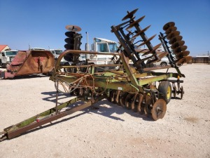 23Ft John Deere 235 Disc X Plow